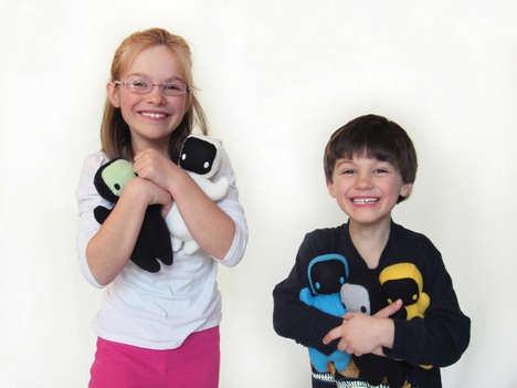 Medical Teaching Toys - The Gomo Doll Helps Doctors Teach Kids About Their Ailments