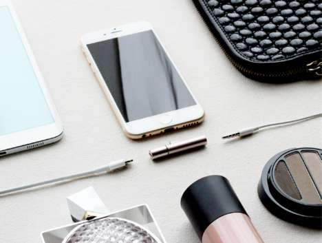 Tubular Smartphone Port Enhancers - The 'Auxillite' Smartphone Adapter Works on iOS and Android