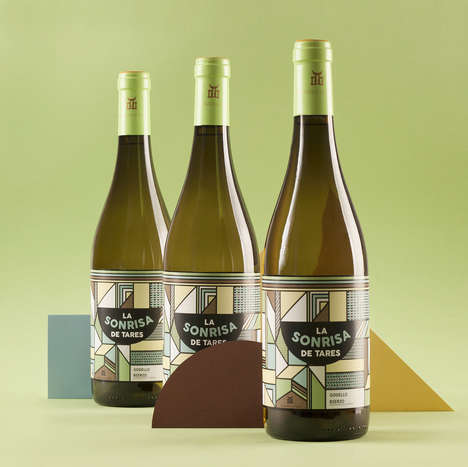 Geometric Landscape Wine Branding - The La Sonrisa de Tares Wine Bottle Label is Inspired by Nature
