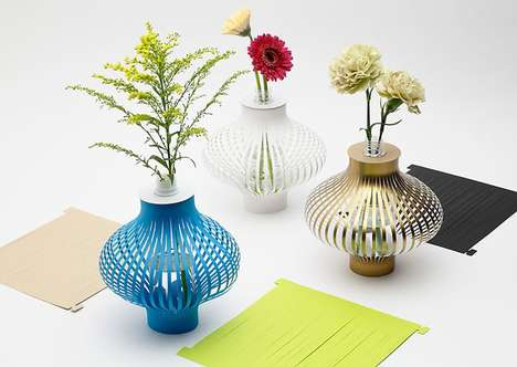 Bottle-Recycling Vase Sleeves - The 'Kami no Tsubo' Bottle Vase Turns Old Plastic Bottles into Art