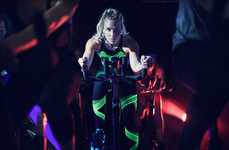 This Set of Under Armour Activewear Boasts Glow-in-the-Dark Properties