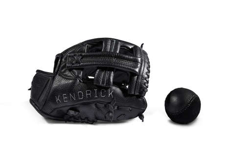 Luxe Baseball Gloves - KILLSPENCER Added to Its Selection of Sports Gear with a US Classic