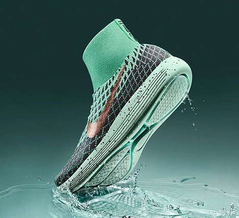 Ergonomic Waterproof Shoes - The Nike LunarEpic Flyknit Shield Sport Shoe Protects from the Elements