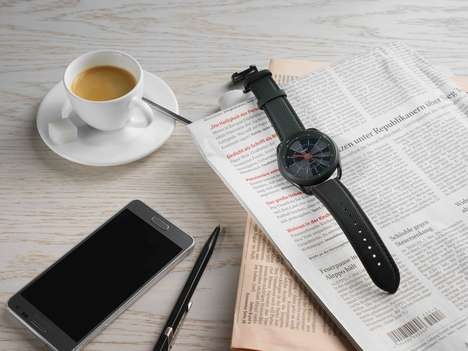 Minimalist Calendar Smartwatches - The Calendar Watch Combines Analog with Digital Functionality