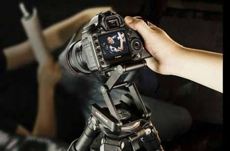 Multi-Position DSLR Mounts - The Edelkrone 'FlexTILT' DSLR Camera Mount Can be Easily Augmented