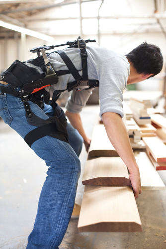 Agile Workplace Exoskeletons - The suitX MAX Helps Laborers with Comfort and Injury Reduction
