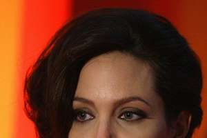 Is Angelina's Short New Hairstyle Too Matronly or Ultra Modern?