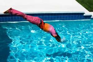 Gant Dives Into The Pool Fashionably for Spring/Summer 2009