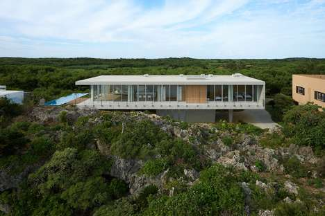 Stilted Concrete Holiday Homes - 1100 Architect's Design Allows for a Stunning Vista