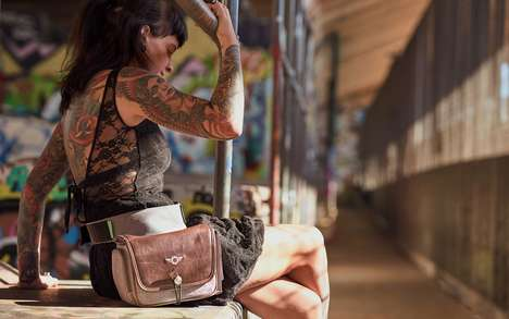 Belted Camera Bags - Cosyspeed's 'Camslinger Streetomatic+' Carries Cameras Around One's Waist