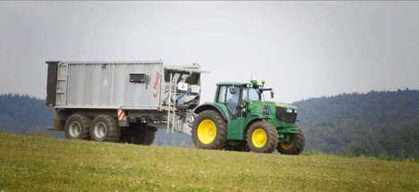 Eco-Friendly Farming Vehicles - This John Deere Electric Tractor Concept is Emissions-Free