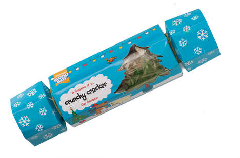 Rawhide Christmas Crackers - Good Boy's 'Crunchy Cracker' Makes a Special Christmas for Pets
