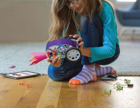 Maker Mobile Gadget Kits - The littlebits Gizmos & Gadgets Kit Can Make 16 Different Inventions