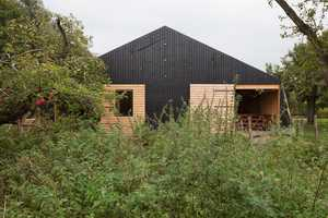 'Barn Rijswijk' Can House Both Livestock and People