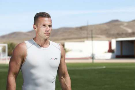 Smart Sport Shirts - The Polar Team Pro Shirt Offers Performance Tracking for Athletes