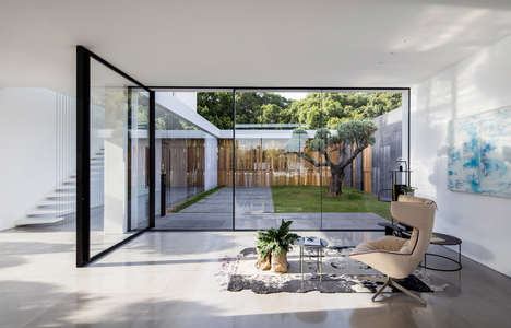 Glassed-Walled Courtyards - Pitsou Kedem's F House Has Glass Walls Surrounding an Interior Courtyard