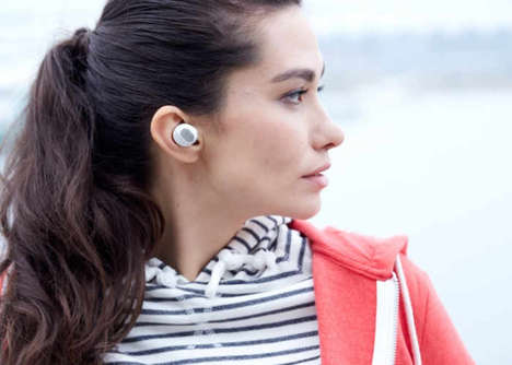 Ergonomic Wireless Earphones - The 'EGGO' Wireless Earbud Headphones Ensure Optimized Listening