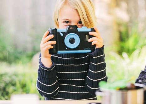 Old Smartphone Photography Toys - 'Pixlplay' Turns an Old Smartphone into a Kids Camera