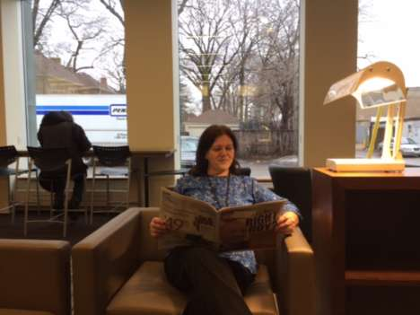 Library Light Therapy Lamps - The Toronto Public Library has Introduced SAD Lamps at Two Branches