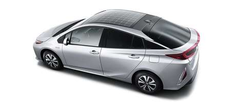 Solar Roof Hybrid Vehicles - Panasonic Developed a Solar Car Roof for the Toyota Prius