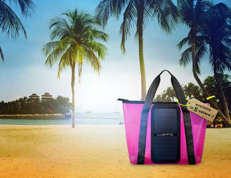 Solar Panel Beach Bags - The 'LUZPAC' Solar Bag Charges iOS and Android Devices at the Beach