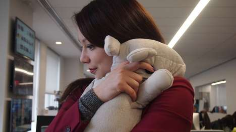 Hugging Stuffed Animals - Parihug Stuffed Animals Send Hugs Between One Another