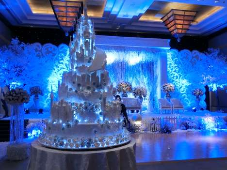 Elaborate Castle Cakes - Le Novelle Cake Creates Wedding Cakes Inspired by Extravagant Architecture