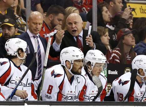 Hockey Coaching Tablets - Apple is Partnering with the NHL to Provide Coach iPads