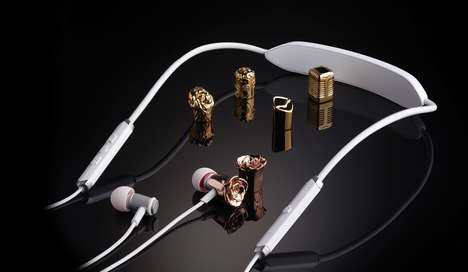 Creatively Capped Ear Buds - The V-Moda Forza Metallo Headphones Offer Exchangeable Caps