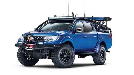 Dune-Dominating Pickups - The One-off Mitsubishi L200 Desert Warrior Was Created for Off-road Racing
