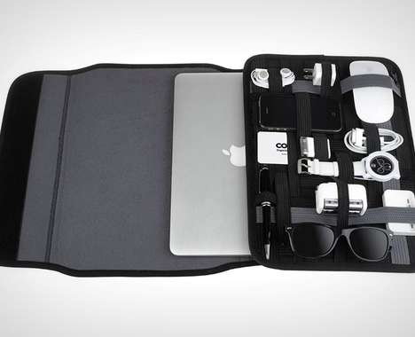 Device-Organizing Laptop Cases
