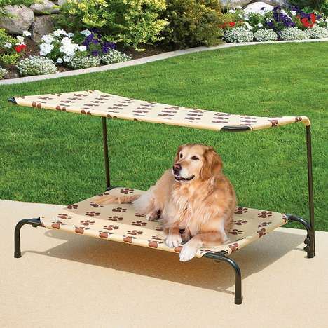Shaded Dog Loungers - This Indoor/Outdoor Bed Elevates Pets from Hot or Cold Surfaces