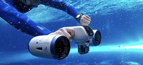 Underwater Swimmer Propellers - The Sublue Tech 'WhiteShark MIX' Propels Users Under the Surface