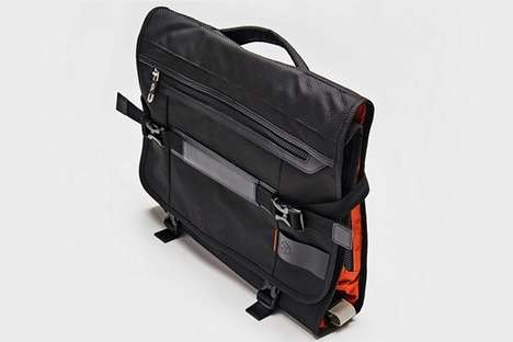 Suit-Folding Travel Bags - The 'PLIQO' Garment Bags Fold a Suit into a Compact Frame