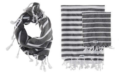 Dog Bandana-Blankets - iL CANE's Stylish Two-in-One Dog Scarf Unfolds Into a Towel