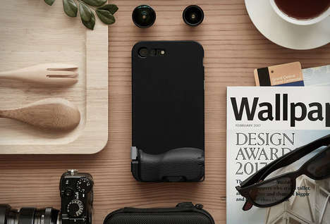 Professional Photography Smartphone Cases - The 'Snap 7' Case Turns an iPhone into a Point-and-Shoot