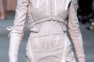 Richard Nicoll Uses Stocking Hardware as Fashion Detail