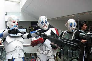 WonderCon 2009's Motley Costumed Crew