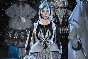 John Galliano Fall 2009 Ready-to-Wear Is Perfect For Galactic Gypsies