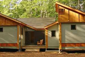 'Cottage in a Day' Makes Fast Housing for Everyone