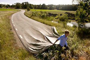 Erik Johansson's Remarkable Photoshopping