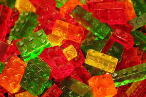 How to Create Your Own Brick-Shaped Candy Made of Jell-O