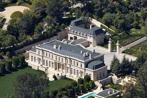 $125 Million 'Fleur De Lys' Mansion Bought By Mariah Carey