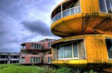 15 Fascinating Abandoned Struct...