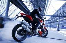 "The Wild ""Ducati Streetfighter"" Flashes Powerful Raci"