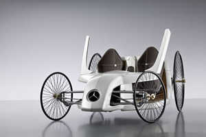 Retro Meets Eco in Joystick-Controlled Mercedes Hybrid F-Cell Roadster