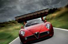 Alfa Romeo 8C Scoops Top Design Award