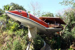 Costa Verde Hotel's Boeing 727 Airframe Room