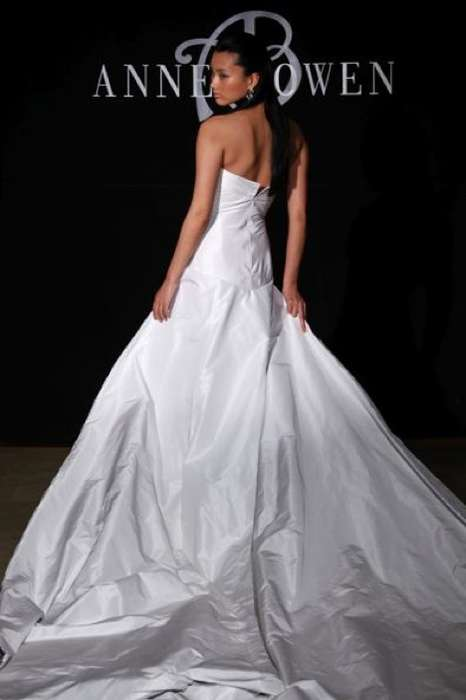 Architectural Bridal Gowns
