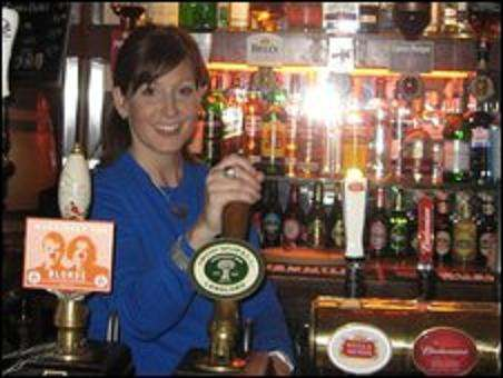 Beer Bartering - UK Pub Cashes in on Credit Crunch By Letting You Swap Goods For A Pint